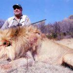 Cecil la caca Caça